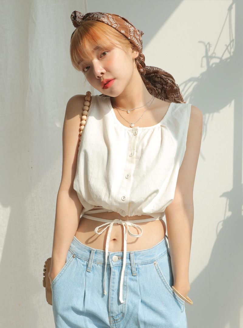 60a4b510b38 Product : Tie Waist Button Front Crop Top