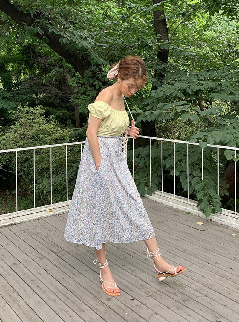 aa543519f957 Product : Drawstring Waist Floral Midi Skirt